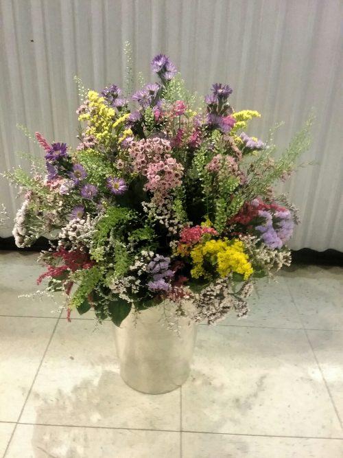 """Bouquet champêtre avec fleurs dites """"sauvages"""""""