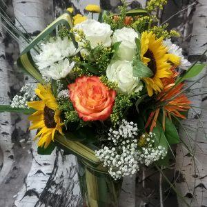 tournesols, roses ,chrysanthèmes, solidago, gypsophile